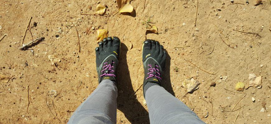 נעליים יחפות – ללכת עם ולהרגיש בלי